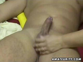 chubby amateur wife sucks and bonks at home