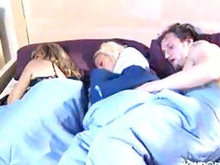 whilst mommy sleeps brat and boyfriend play