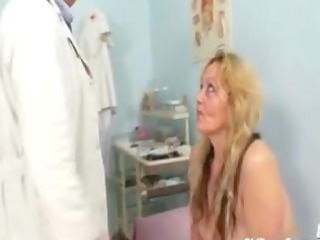 mature stazka gyno fetish real exam at perverted