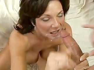 sexually excited d like to fuck deauxma receives