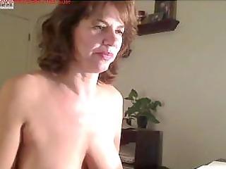 mother on livecam