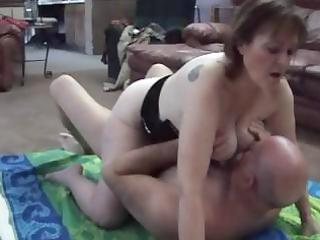 older brunette hair star, molly acquires her