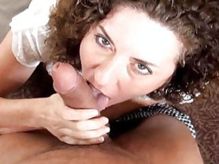 older housewife receives a pounder in her
