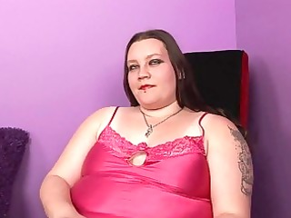 pale chubby momma with tattooes and piercings