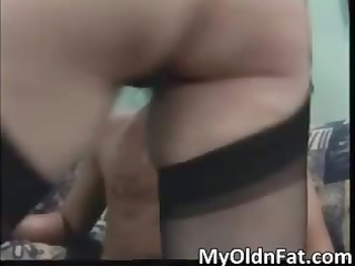 hot dark brown d like to fuck wench receives her