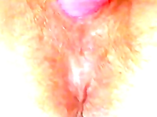 look closely into aged love tunnel in masturbation
