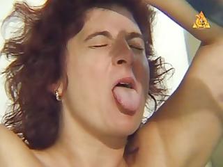 older serf slut heidy with heavy genital n nip