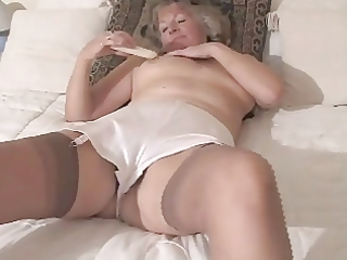 delicious granny toying in fully fashioned nylons