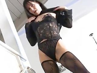 carmen shows off her hot older bush
