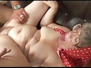 granny receives the most good agonorgasmos of h