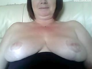Stacked plump British momma is ready for a damn