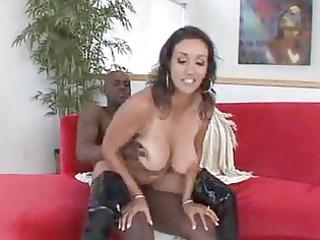 Luscious MILF Babe Has A Hardcore Interracial