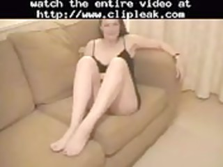 lascivious mother i give a footjob