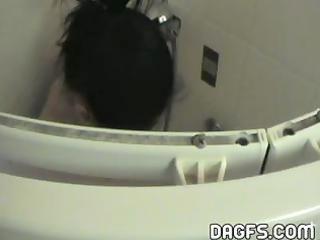czech mother i showering