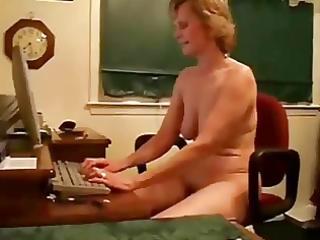 granny on livecam