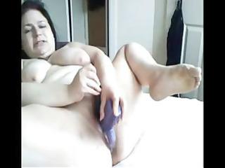 plumper brunette hair mamma toys her obese twat