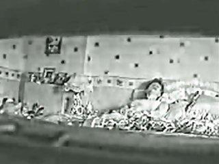 mammas and girlfriends caught by hidden livecam