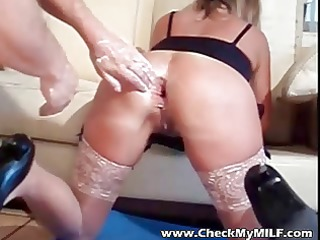 Amateur MILF with fist and 2 hands up her ass