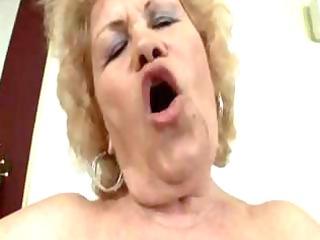 nasty, blonde granny gets her fat, unshaved wet