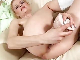 aged blond bonks dildo
