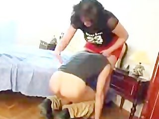 aged russian babe seduces and facesits a younger