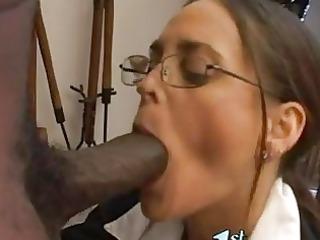 sexy matured cheyenne hunter thumps a monster